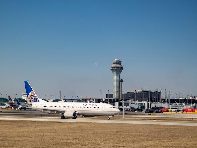 Flygvärdinnan arbetar inte längre kvar för United Airlines.