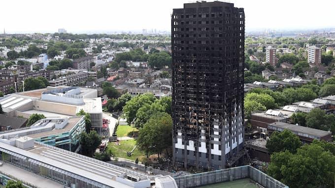 Höghuset Grenfell Tower i västra London brann ned den 14 juni i fjol. Foto: FACUNDO ARRIZABALAGA / EPA / TT / EPA TT NYHETSBYRÅN