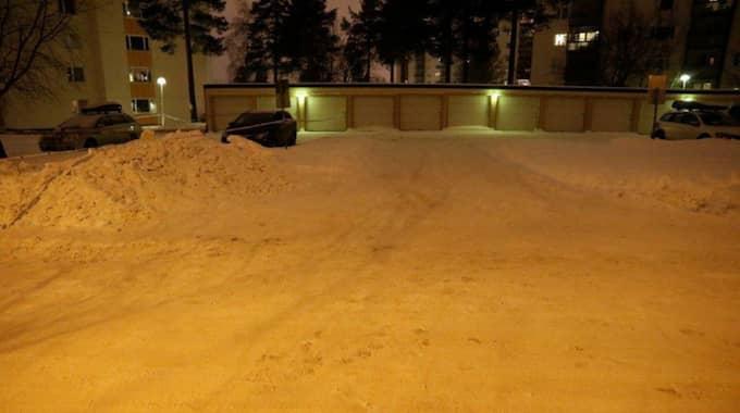 Det besynnerliga överfallet skedde i området Berghem i Umeå på söndagskvällen. Foto: Polisen