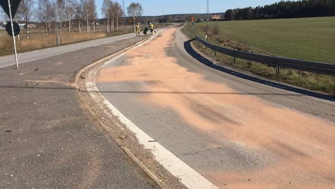 Spåret efter läckan fortsatte i omkring 150 meter. Foto: Räddningstjänsten Vimmerby