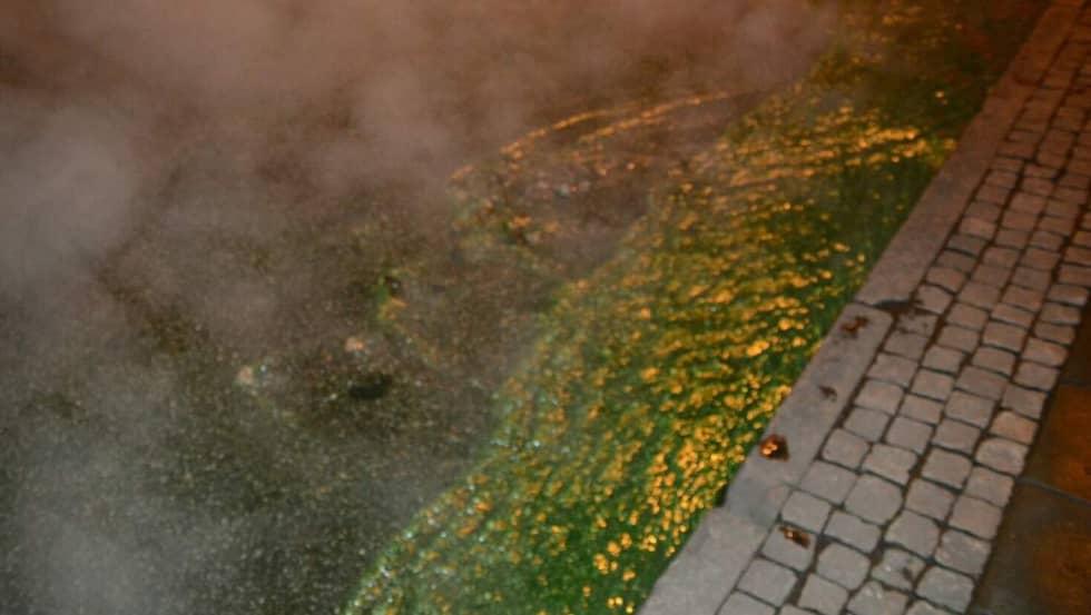 En man i 65-årsåldern dog i samband med översvämningen efter att ha blivit påkörd av en buss. Foto: Andreas Holm