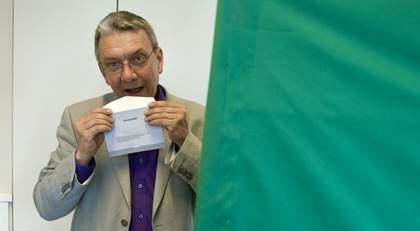MILJONSATSNING. Piratpartiets toppkandidat Christian Engström fick miljoner för sitt IT-företag - pengar som finansierat hans valkampanj till EU-parlamentet. Foto: Scanpix