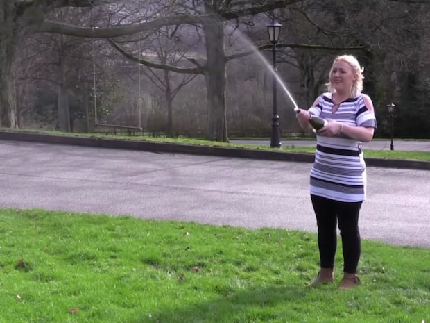Ensamma fyrabarnsmamman vann 162 milj på lotto – hennes ex får inte ett öre