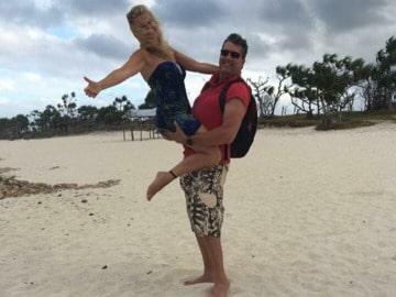 Heide Garrigan var på semester i Vanuatu med sin make Daniel när hon trampade på en stenfisk.