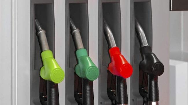 Tankar man fel bränsle kan det kosta tiotusentals kronor.