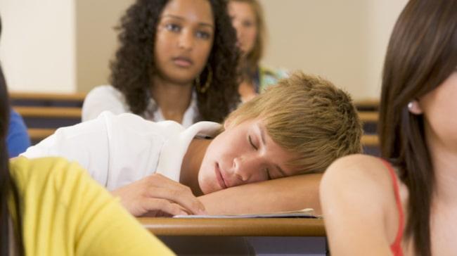 <span>Fler och fler ungdomar lider av sömnproblem.<br></span>