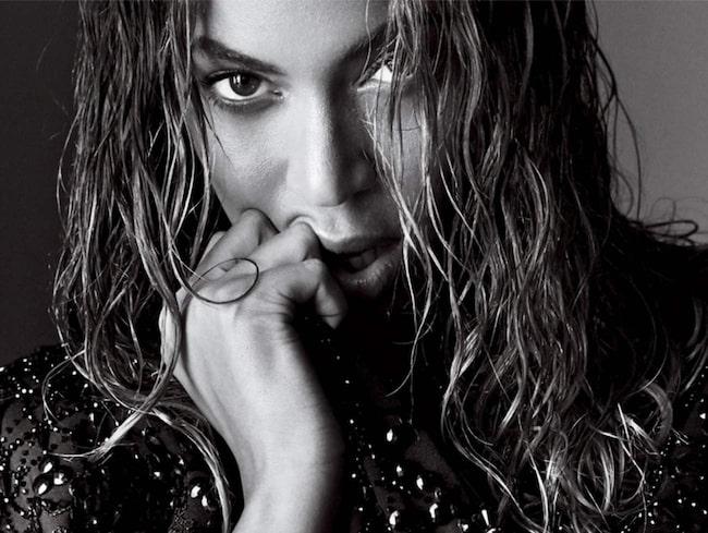 <span>Beyoncé fotograferad för Vogues septembernummer. Markerade ögonbryn med cool bagform.</span>