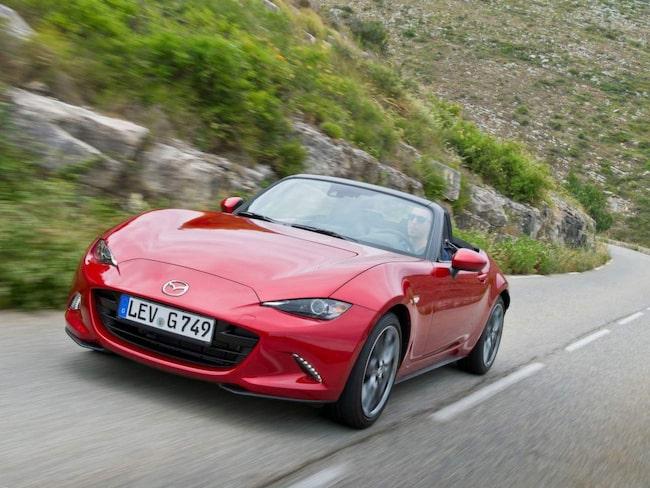 Mazda MX-5 får fyra stjärnor.