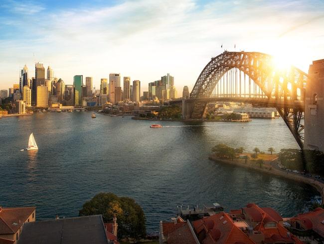 Målet för Operation Sunrise, direktflyg från Sydney....