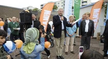 Här talar Carl Bildt på lördagen. Foto: Jan Düsing