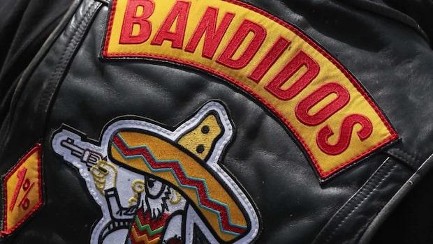 Far och son misstänks ha skjutit ihjäl Bandidos-man