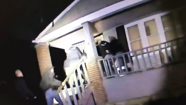 """Här slår tungt beväpnad polis till mot """"knarklangarna"""""""