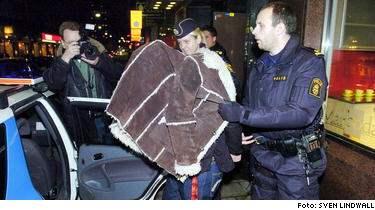 Robinson vinnare hjalpte polisen