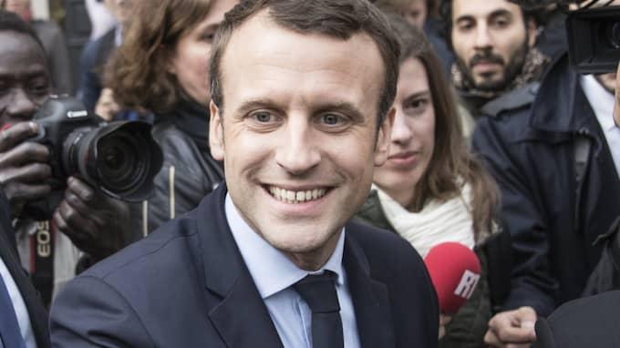 Den tidigare finansministern Emmanuel Macron ser ut att ha seglat fram som en tidig favorit till presidentposten i Frankrike. Foto: Etienne Laurent / Epa / Tt / EPA TT NYHETSBYRÅN