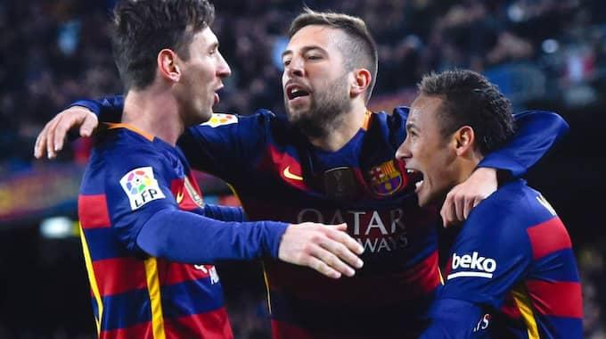 FC Barcelona-spelare firar. Foto: David Ramos