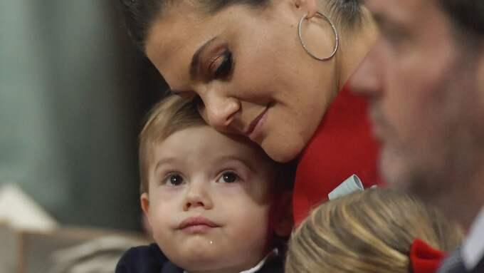 Kronprinsessan tillsammans med sonen prins Oscar. Foto: JONAS EKSTRÖMER/TT / TT NYHETSBYRÅN