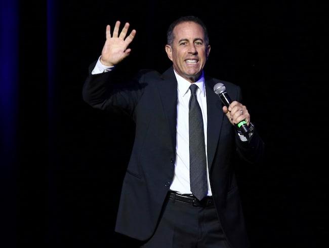 Den världskände komikern Jerry Seinfeld har blivit stämd.