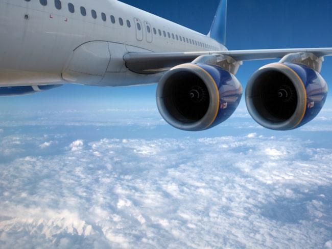 Det krävdes flera katastrofer innan det stod klart att fyrkantiga fönster var livsfarliga på flygplan.