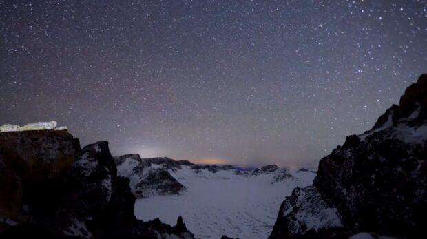Spektakulära bilder på meteorregnet Geminiderna