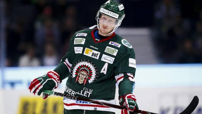 Simon Hjalmarsson har förlängt sitt kontrakt med Frölunda ytterligare tre säsonger. Foto: MICHAEL ERICHSEN / BILDBYRÅN