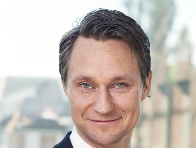 Skattverkets Johan Schauman rekommenderar dig även att deklarera digital med hjälp av Mobilt Bank-ID och gå in och kika på deklarationen i e-tjänsten. Foto: Skattverket
