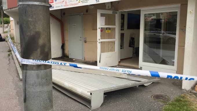 Boende i området i norra Stockholm larmade efter att ha blivit väckta runt 03:48. Foto: Max Marklund