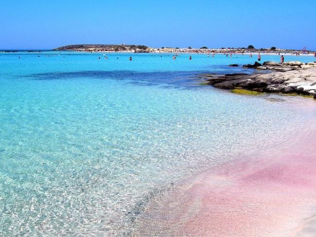 Elafonissi Beach är Kretas svar på Maldiverna.