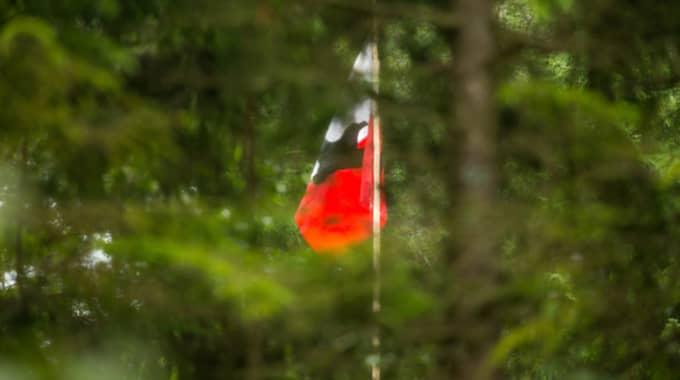 Sturmvogel-fanan vajade på lägret. Foto: Peo Möller / KVP/EXPRESSEN