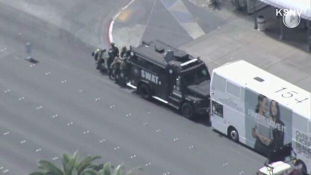 Man barrikaderade sig på buss efter skottlossning