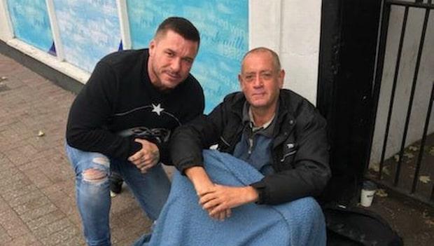 Klubbägarens fina gest - gav jobb åt hemlösa