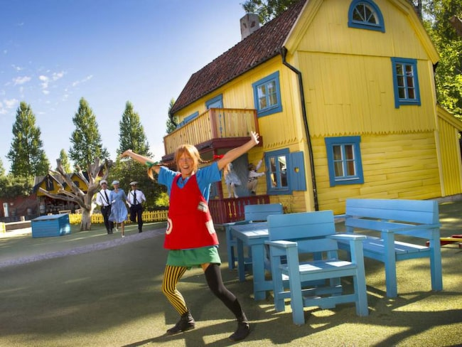Astrid Lindgren värnade om barns rätt att få  vara barn. Därför  är temat leklust när hennes sagovärld omsätts i praktiken i utkanten av födelsestaden Vimmerby.