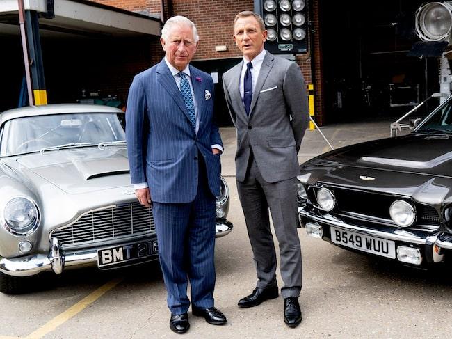 Vid offentliggörandet var James Bond-skådespelaren Daniel Craig och prins Charles på plats.