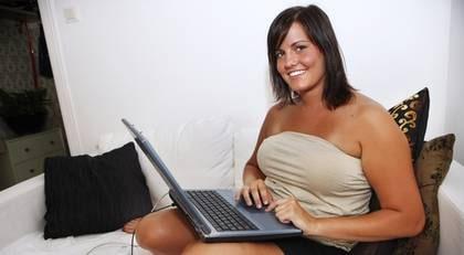 Hur man hittar kvinnliga kik användare