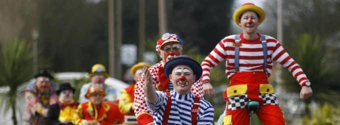 OBS! Bilden kommer från det årliga clownevenemang i södra England 2007. Foto: Chris Ison