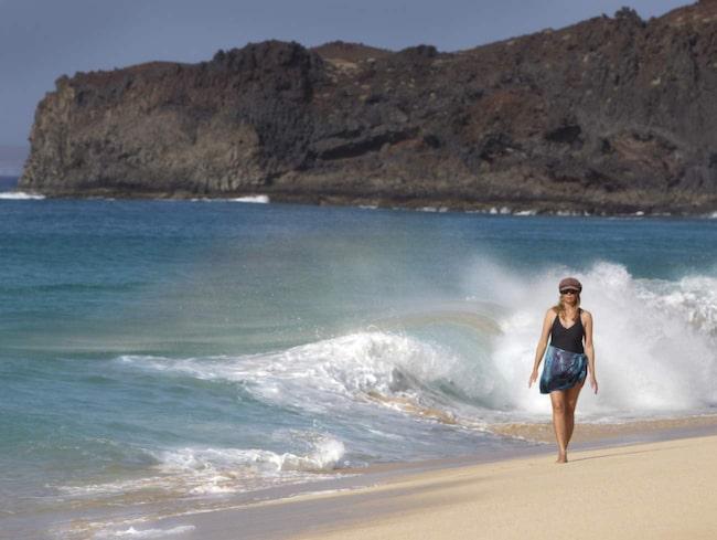 Kanarieöarna består av sju större öar - och sex mindre. La Graciosa är en av de mindre. Med sina vackra sandstränder är den perfekt för sköna promenader.