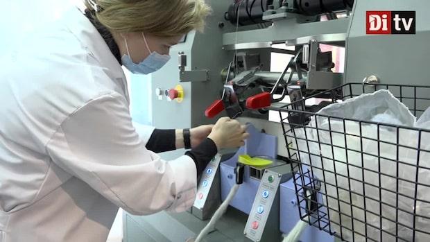 H&M lanserar maskin som gör om gamla plagg direkt i butik