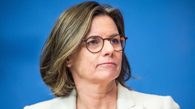 När migrations-och integrationspolitiken ligger i spillror fortsätter MP:s språkrör Isabella Lövin att hävda att nyanlända kommer att bli både välintegrerade och väletablerade, skriver artikelförfattaren. Foto: PELLE T NILSSON/STELLA PICTURES