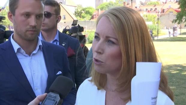 """Emma Lindblad: """"Politikernas klädsel har stor betydelse"""""""