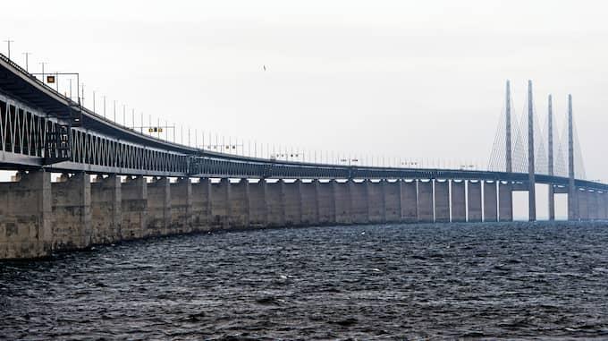 Det tar 13 minuter att åka tåg mellan Malmö och Köpenhamn. Ibland känns avståndet längre. Foto: BILDBYRÅN