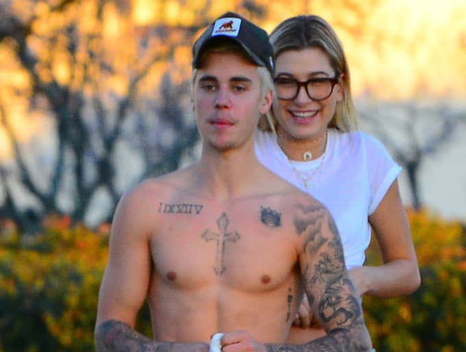 Justin Bieber och Hailey Baldwin. Foto: Mikeg / Splash News