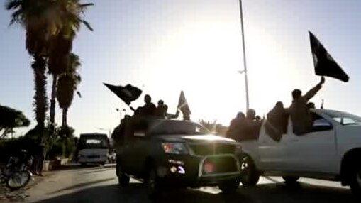 Minst 27 döda efter IS-attacker i Syrien