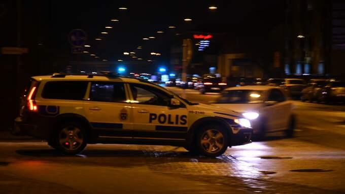 En man i 70-årsåldern skadades efter att ha blivit påkörd av en bil på Jägersrovägen i Malmö. Foto: Mikael Nilsson