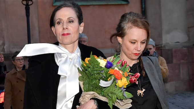 Sara Danius och Sara Stridsberg efter Akademiens ödesdigra möte. Foto: JONAS EKSTRÖMER/TT / TT NYHETSBYRÅN