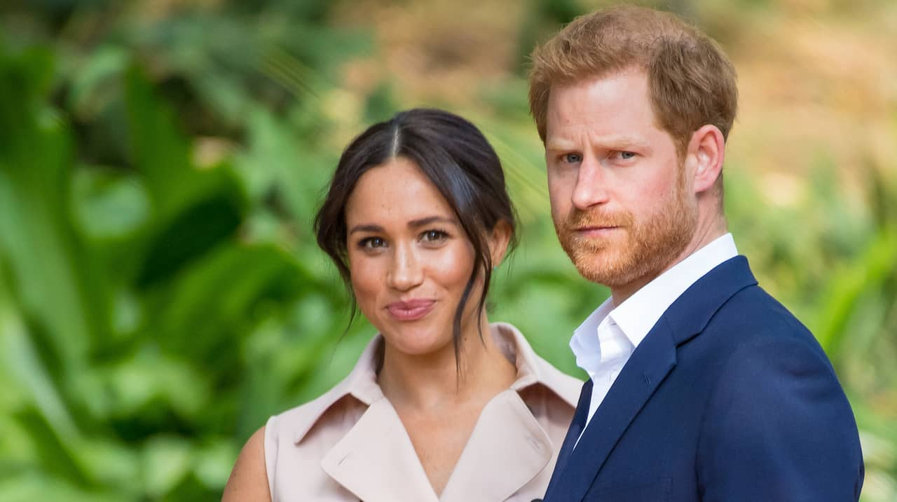 Då lämnar Harry och Meghan kungahuset
