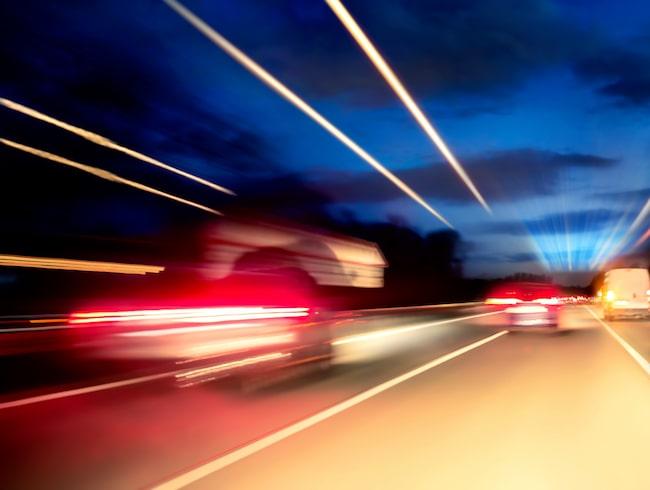 Autobahn på natten.