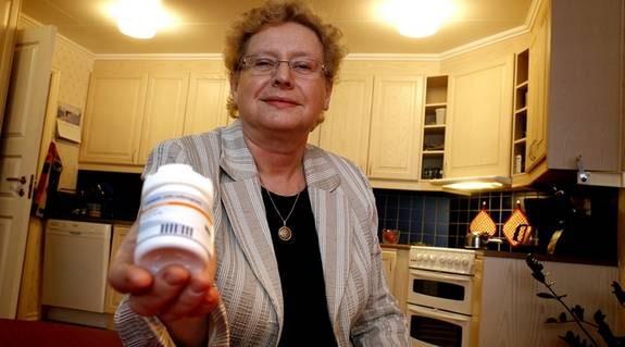 """Kilona smög sig på och Maj-Britt Persson i Huddinge blev allt tröttare. Till sist fick hon veta orsaken – sköldkörtelsjukdomen hypotyreos. I dag tar hon medicin och mår mycket bättre.""""Nu orkar jag arbeta deltid igen. Det är säkert många kvinnor som har hypotyreos utan att veta om det."""""""