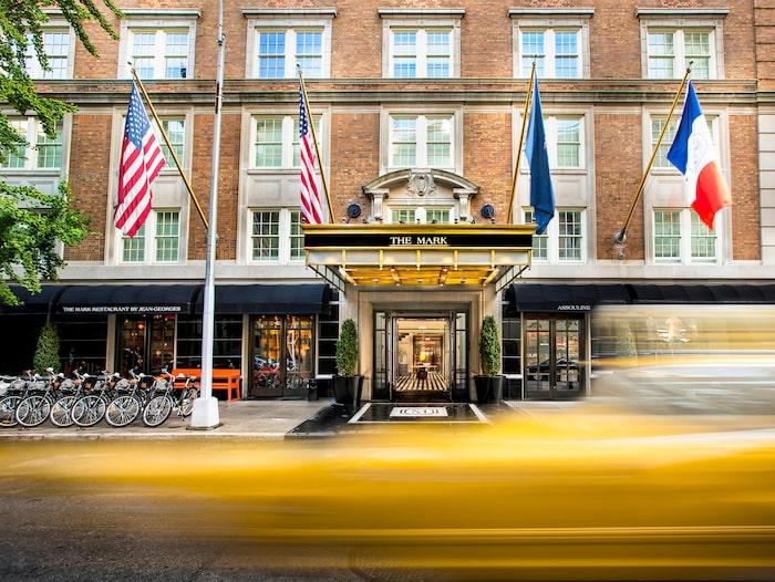 Hotellet ligger på Madison Avenue i New York.