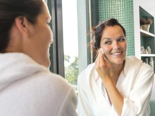 <span>Den micellära rengöringstrenden är populär bland modeller, vars hud är extra utsatt.</span>