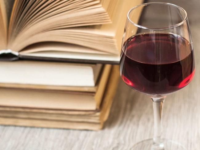 Att beskriva ett vin med ord är inte alltid lätt. Här får du lite hjälp på vägen!