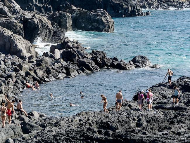 Där finns även heta källor som Ferraria, som ligger nära Ponta Delgada.